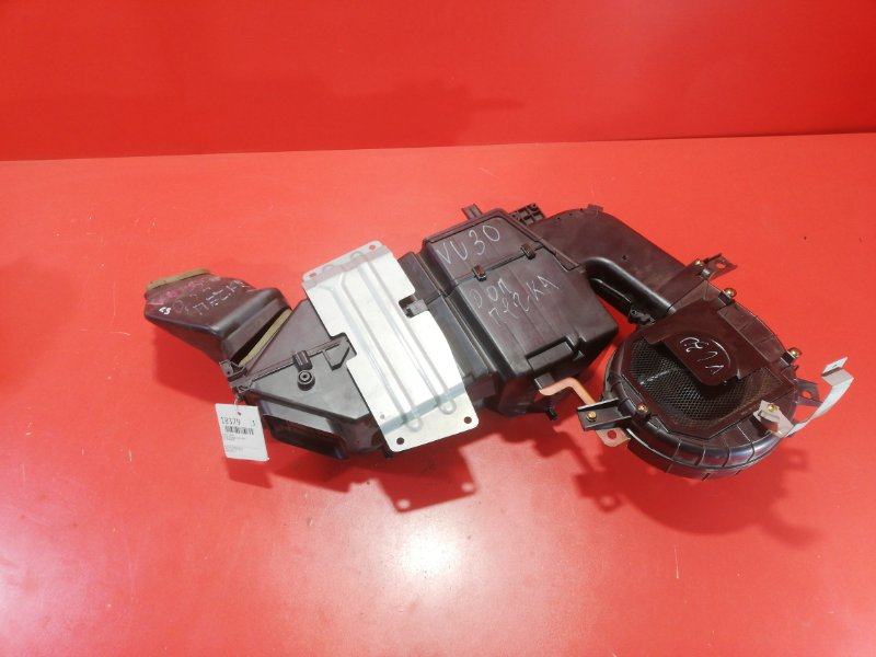 Корпус печки Nissan Presage VU30 YD25DDT 1999 задний (б/у)
