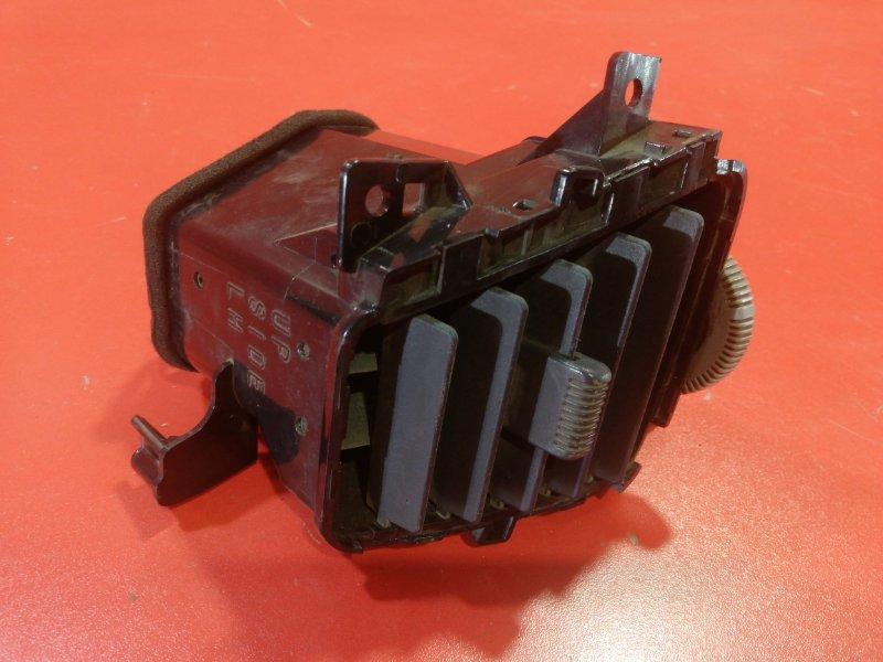 Дефлектор воздушный Nissan Wingroad WHNY11 QG18DE 1999 передний левый (б/у)