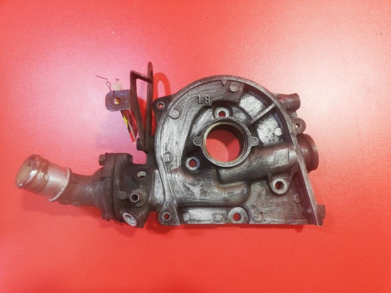 Лобовина двигателя Mazda Bongo SK82M F8 1999 верхняя (б/у)
