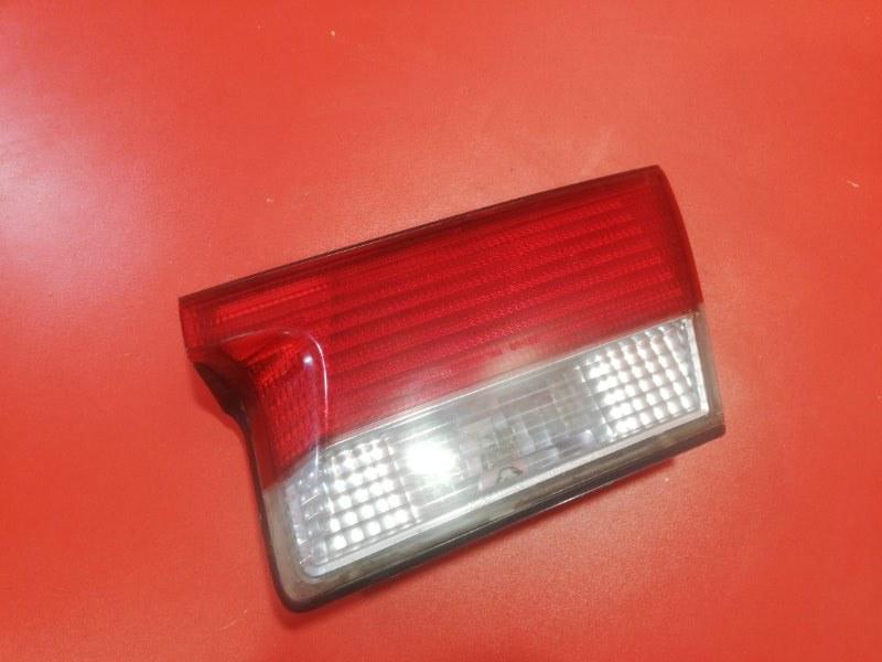 Фонарь крышки багажника Nissan Sunny FB15 QG15DE 1998 правый (б/у)