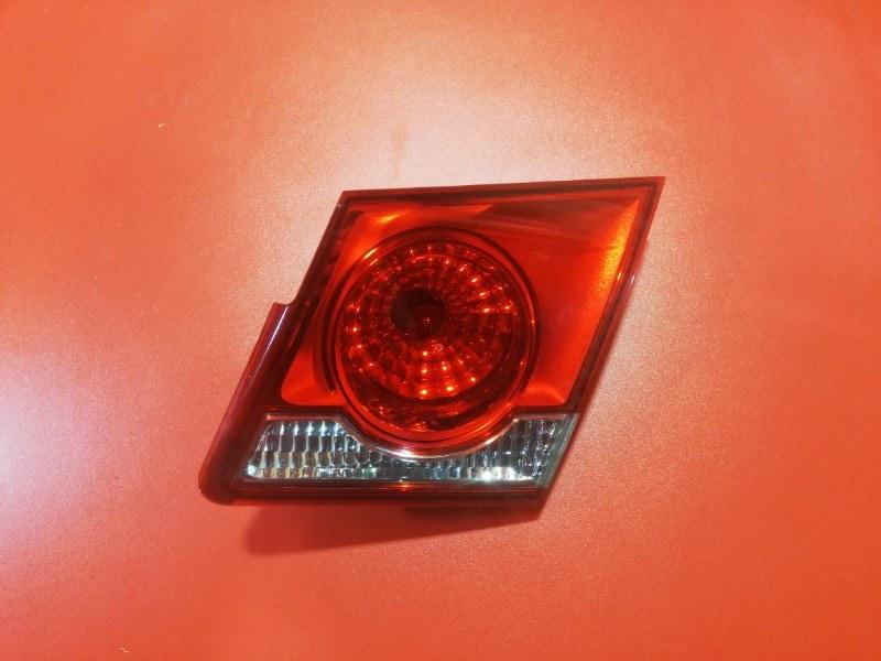 Фонарь крышки багажника Chevrolet Cruze J300 A14NET 2008 правый (б/у)