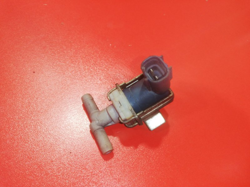 Вакуумный клапан Toyota Vitz NCP10 2NZ-FE 1999 (б/у)