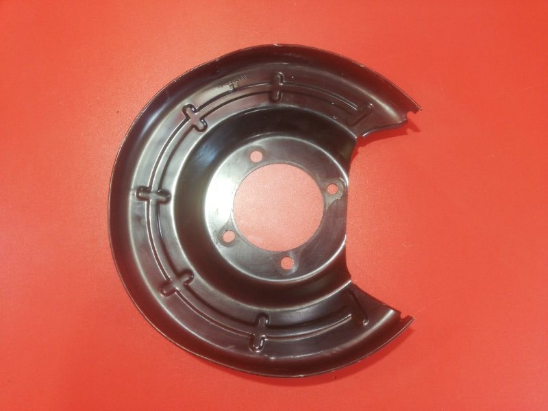 Пыльник тормозного диска Chevrolet Cruze J300 F18D4 2008 задний левый (б/у)