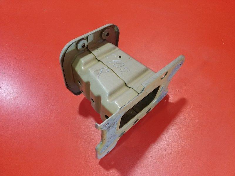 Кронштейн усилителя переднего бампера Chevrolet Captiva C100 10HM 2006 (б/у)