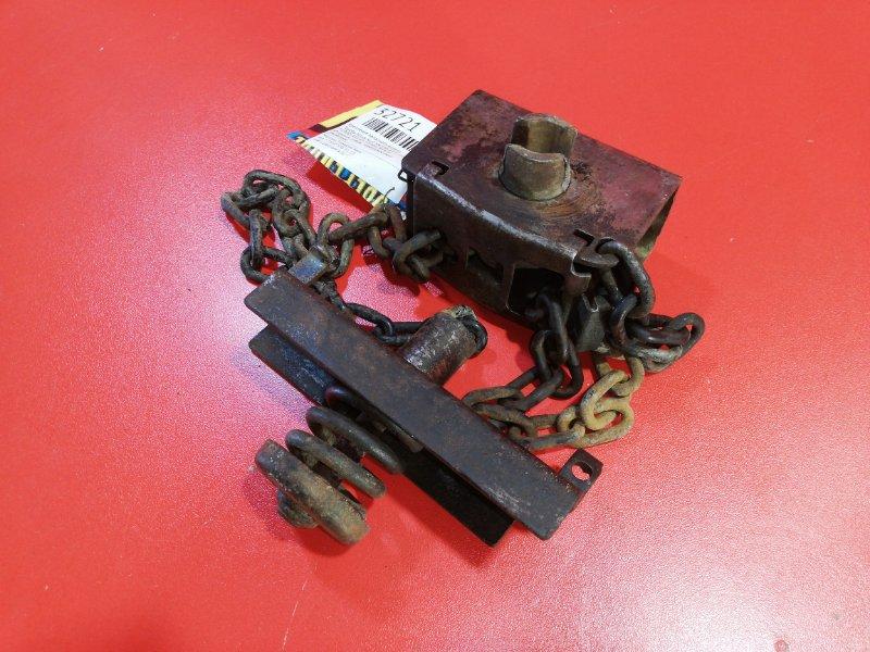 Крепление запасного колеса Toyota Hilux Surf YN130 3Y-E 1989 (б/у)