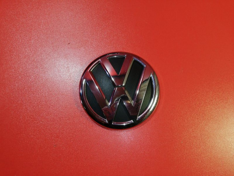 Эмблема Volkswagen Polo 602 CFNA 2013 задняя (б/у)
