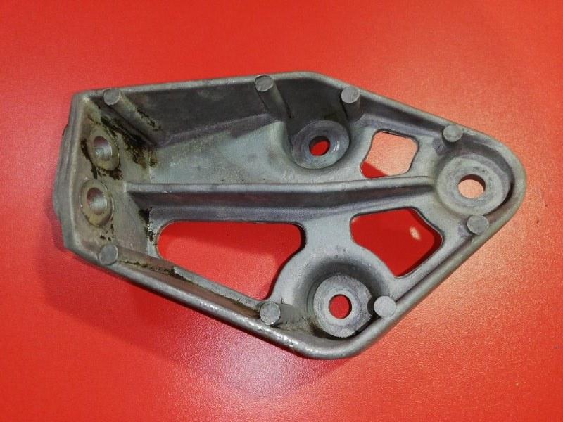 Кронштейн опоры двигателя Daewoo Nexia N150 F16D3 2008 передний правый (б/у)