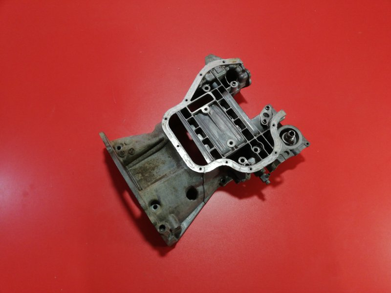 Поддон двигателя Toyota Wish ANE10 1AZ-FSE 2003 (б/у)