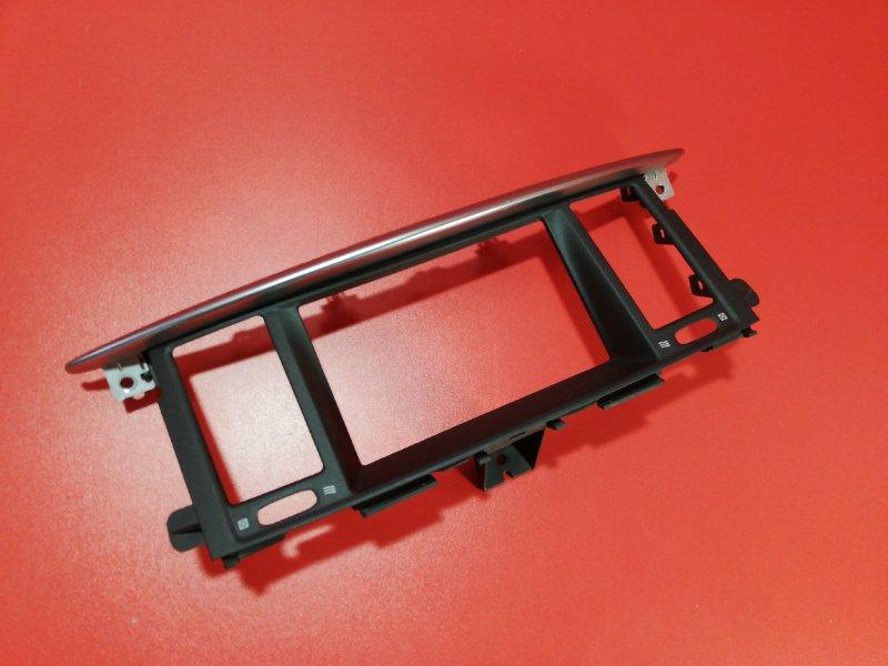 Рамка магнитолы Nissan Patrol Y62 VK56VD 2010 (б/у)