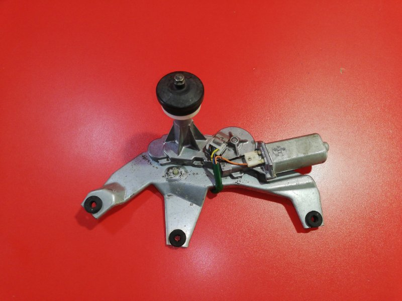 Мотор стеклоочистителя Suzuki Aerio RB21S M15A 2001 задний (б/у)