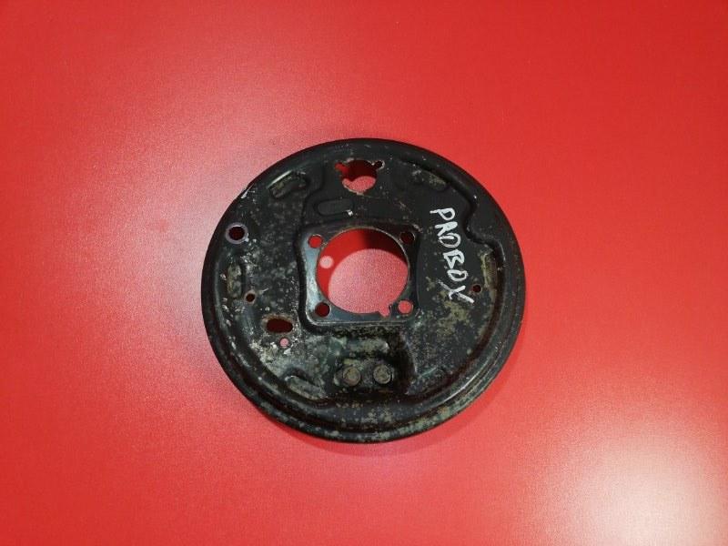 Тормозной щит Toyota Probox NCP51 1NZ-FE 2002 задний правый (б/у)