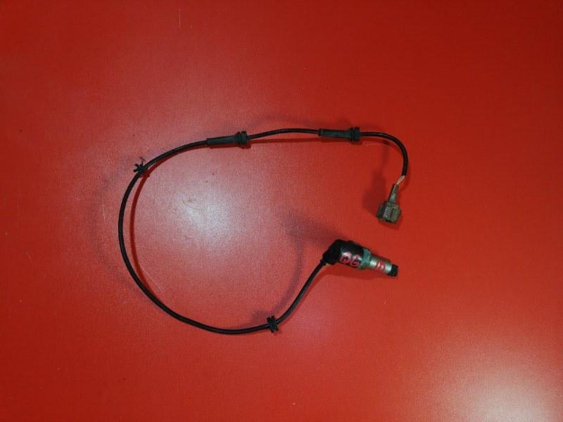 Датчик abs Nissan Bluebird Sylphy QG10 QG18DE 2000 задний правый (б/у)