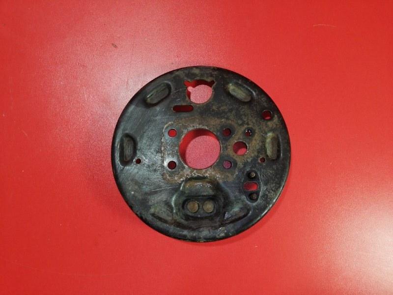 Тормозной щит Nissan Bluebird Sylphy QG10 QG18DE 2000 задний левый (б/у)