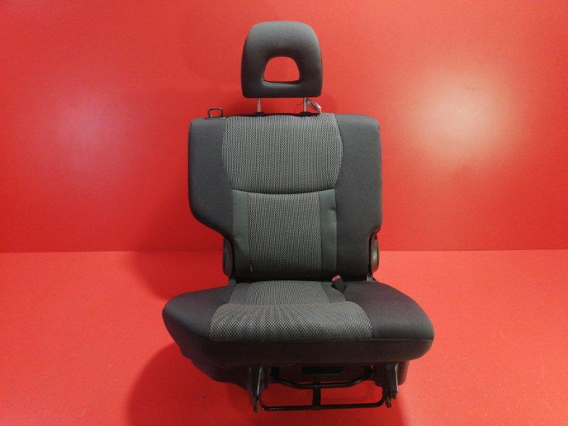 Сиденье Toyota Rav4 ACA26 1AZ-FE 2000 заднее правое (б/у)