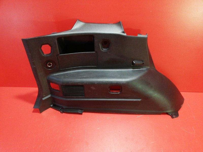 Обшивка багажника Mitsubishi Pajero Io H76W 4G93 1999 задняя левая (б/у)