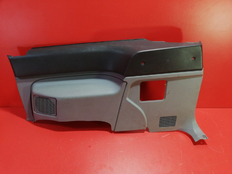 Обшивка багажника Mazda Mpv LVLR WLT 1990 задняя правая (б/у)