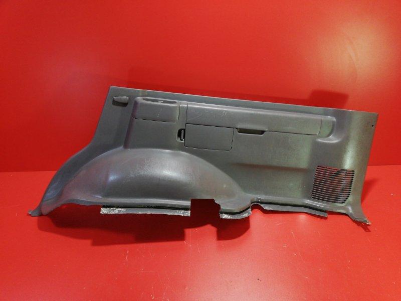 Обшивка багажника Toyota Land Cruiser UZJ100 2UZ-FE 1998 задняя правая нижняя (б/у)