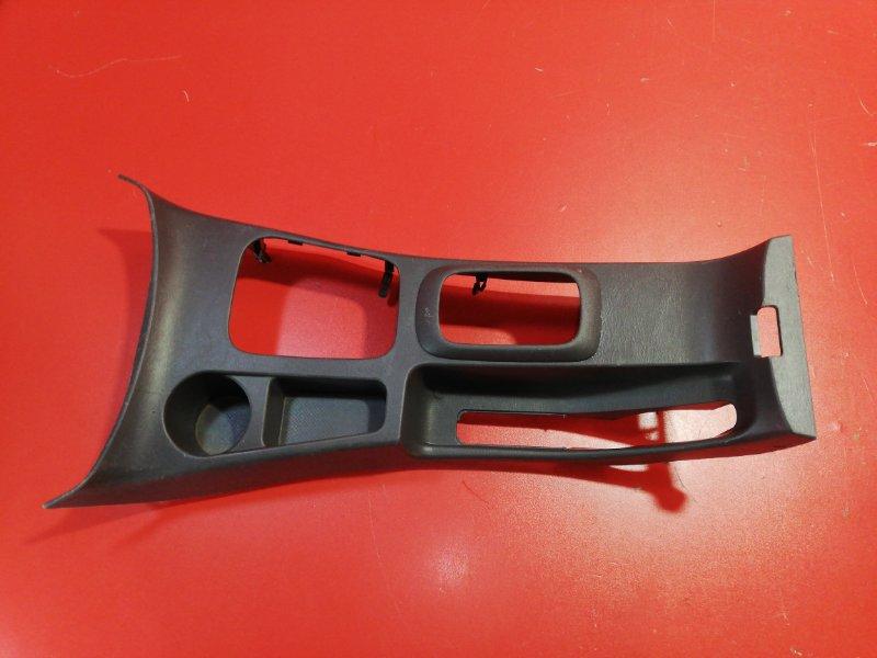 Консоль между сидений Toyota Hilux Pick Up KUN26 1KD-FTV 2005 (б/у)