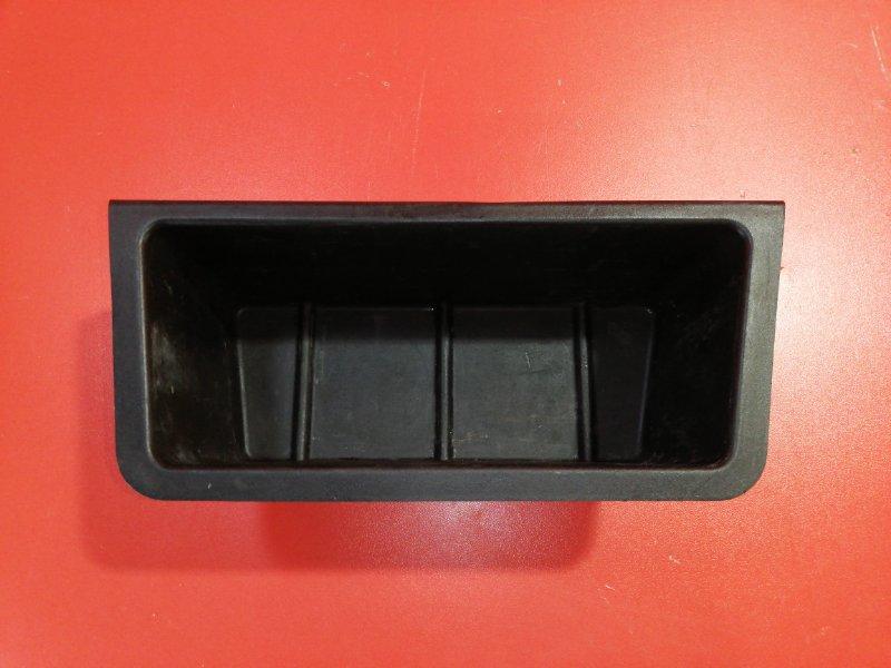 Ящик в багажник Bmw 5-Series E39 M52B20 1995 (б/у)
