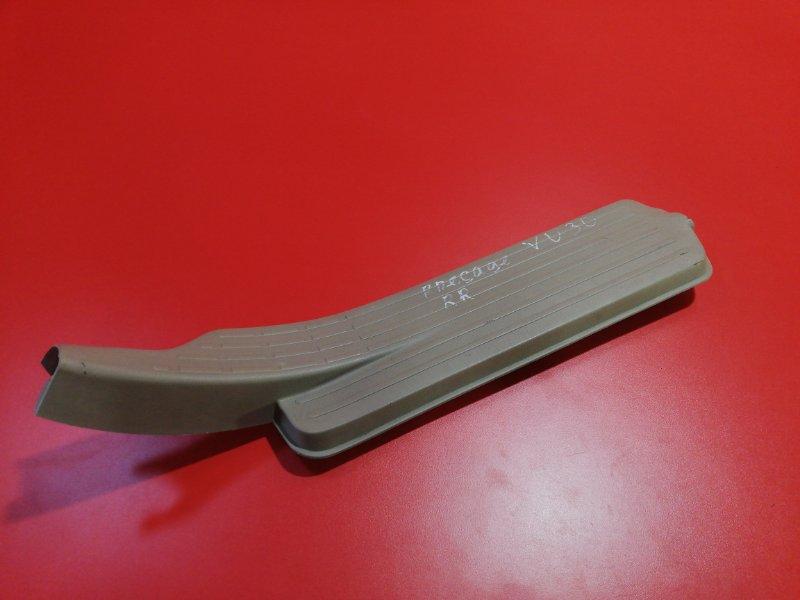 Накладка порога (внутренняя) Nissan Presage VU30 YD25DDT 1999 задняя правая (б/у)