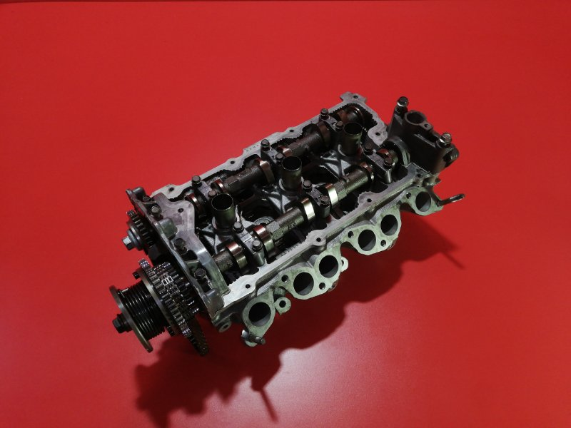 Головка блока цилиндров Nissan Skyline V35 VQ25DD 2001 правая (б/у)