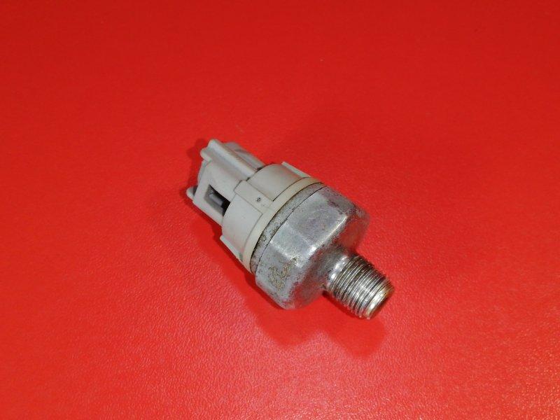 Датчик давления масла Toyota Probox NCP51 1NZ-FE 2002 (б/у)
