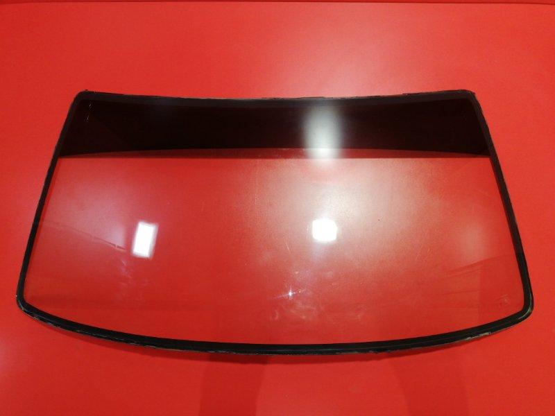 Стекло лобовое Toyota Hilux Surf VZN130G 3VZ-E 1991 (б/у)