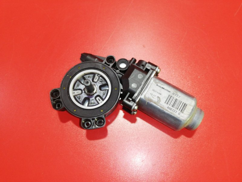 Моторчик стеклоподъемника Renault Logan LS1Y K4M 2010 передний правый (б/у)