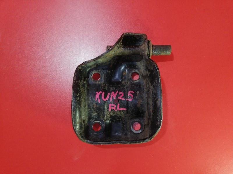 Кронштейн стремянок рессоры Toyota Hilux Pick Up KUN25 2KD-FTV 2004 (б/у)