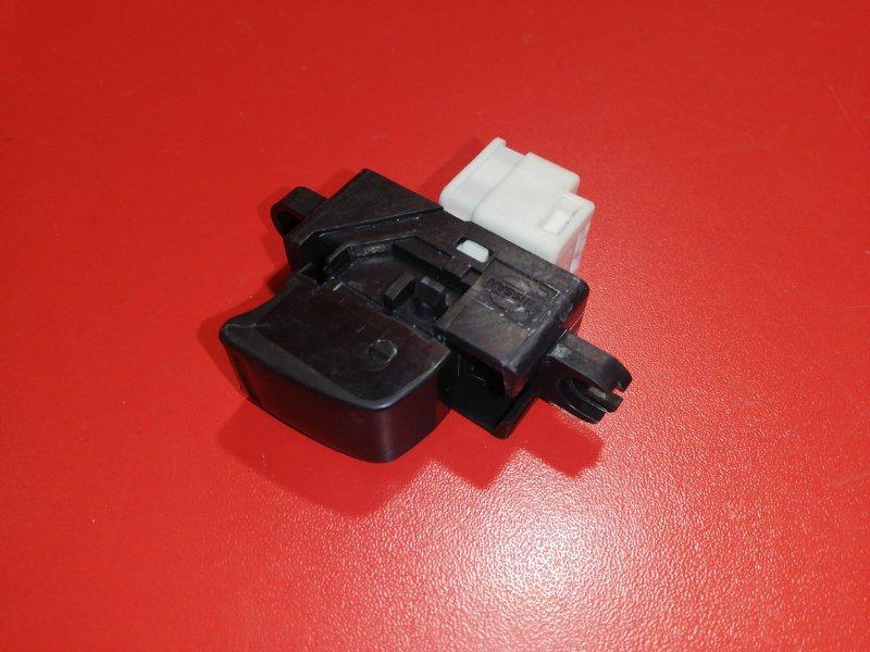 Кнопка стеклоподъёмника Nissan Elgrand ALE50 VG33E 1997 (б/у)