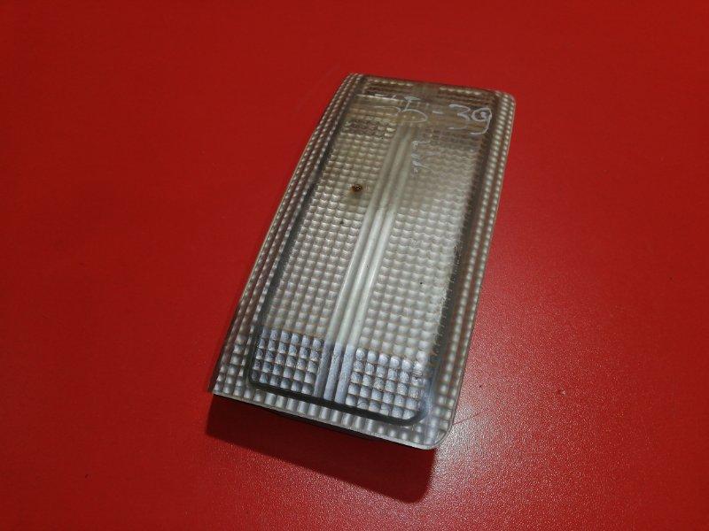Подсветка номера Toyota Hilux Surf VZN130G 3VZ-E 1991 задняя правая (б/у)
