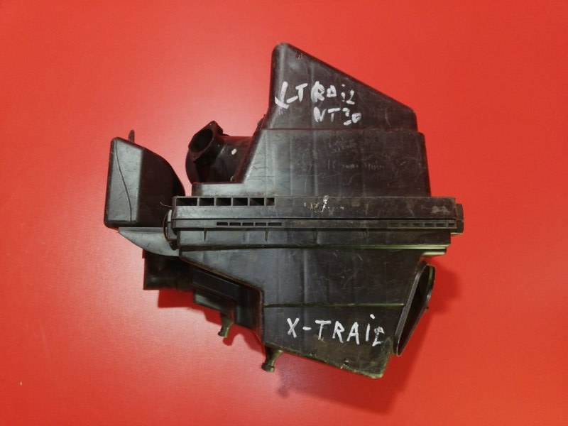 Корпус воздушного фильтра Nissan X-Trail NT30 QR20DE 2000 (б/у)