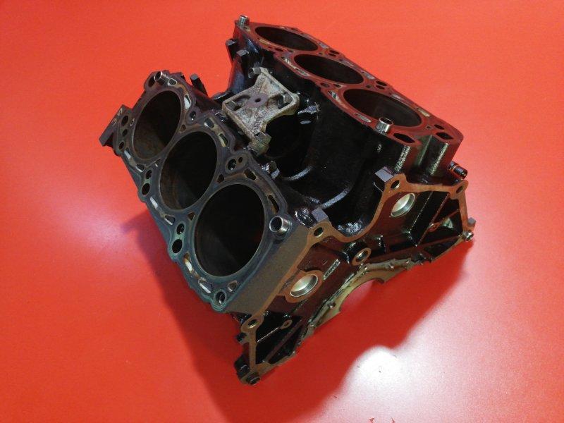 Блок двигателя Mitsubishi Pajero V97W 6G75 2006 (б/у)