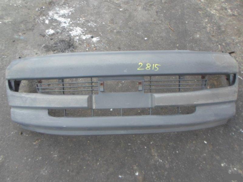 Бампер Toyota Regius KCH46W передний (б/у) 2815