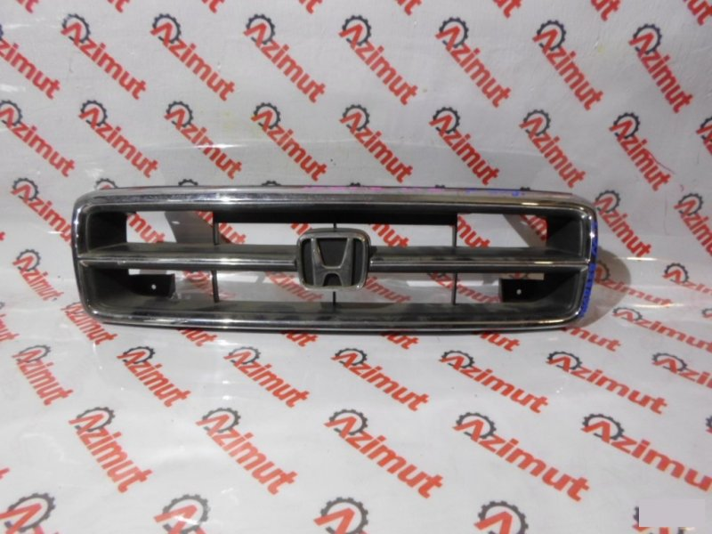 Решетка радиатора Honda Inspire CC2 (б/у)