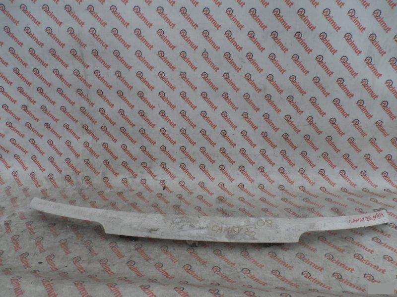 Планка передняя Toyota Camry SV20 передняя (б/у)