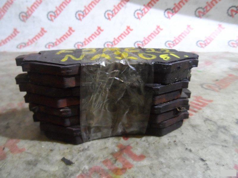 Тормозные колодки Nissan Vanette FJNC22 NA20S переднее (б/у) 51