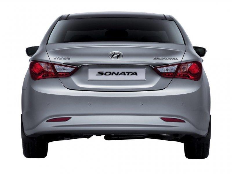 Бампер Hyundai Sonata YF задний 86610-3Q000, HN04088BA