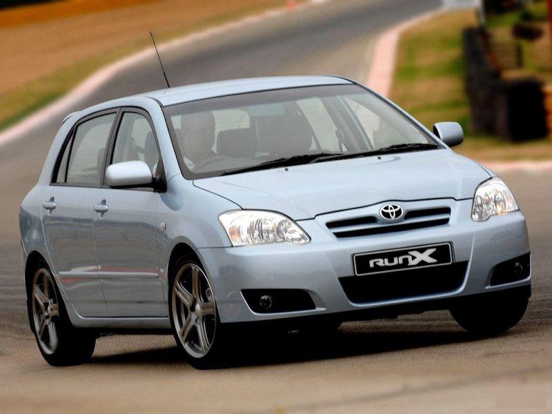 Решетка радиатора Toyota Allex NZE120 1NZ-FE 53111-13290, TY07404GAN