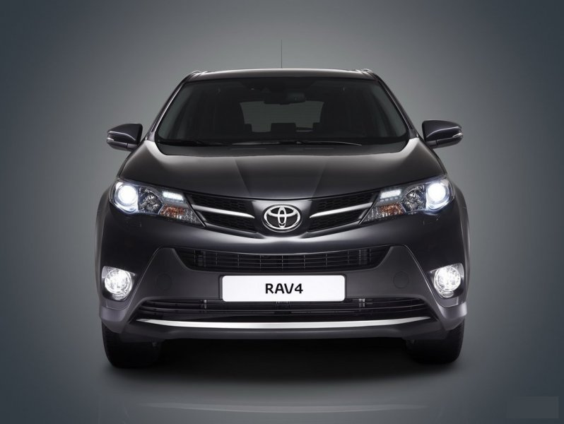 Решетка радиатора Toyota Rav4 ALA49L левая 53106-0R010, TY07540GAL
