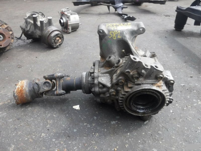 Раздатка Nissan Presage TNU30 QR25DE (б/у) 581
