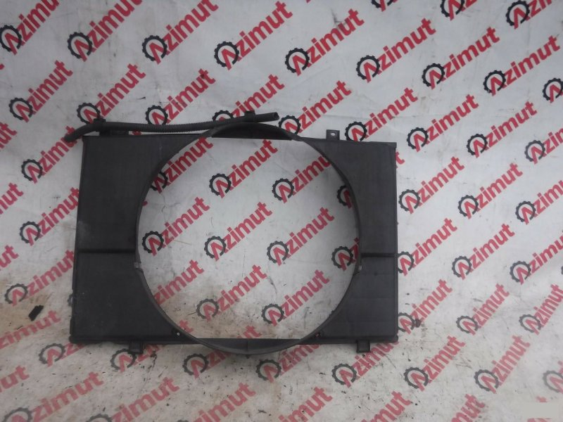 Диффузор радиатора Toyota Noah CR50 3CE (б/у) 331