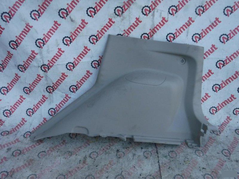 Обшивка багажника Mitsubishi Colt Z23A задняя правая нижняя (б/у) 422