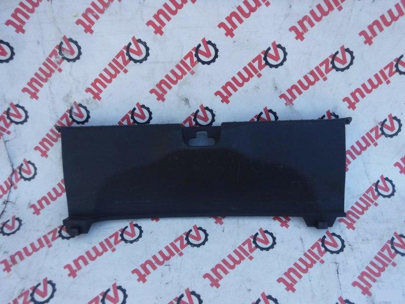 Накладка замка багажника Honda Cr-Z ZF1 задняя (б/у)