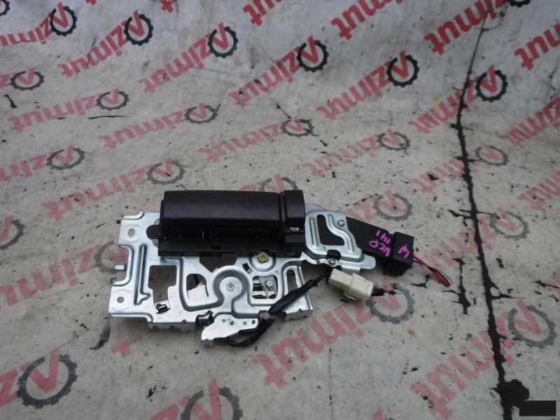 Ручка двери внутренняя Toyota Porte NCP141 левая (б/у)