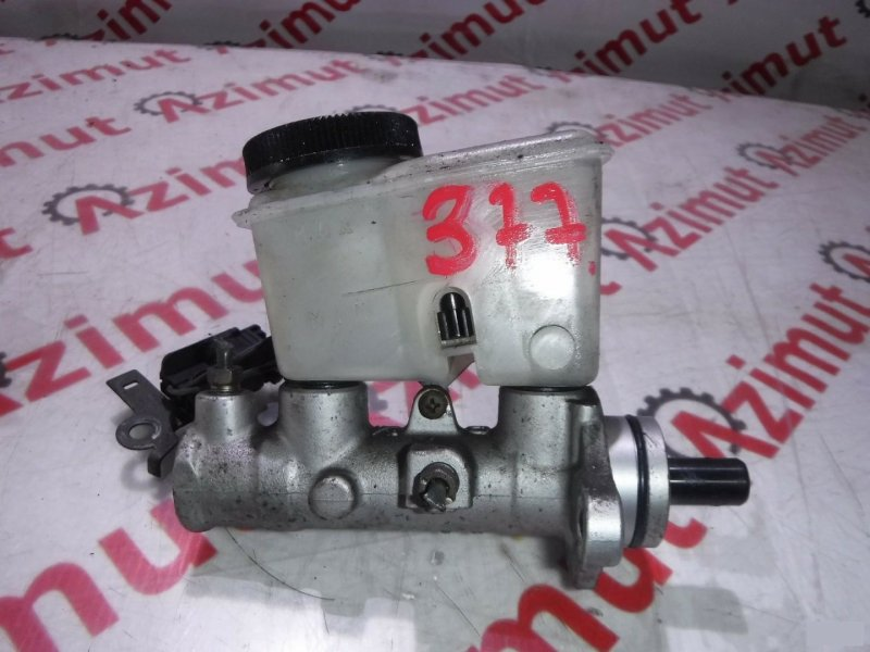 Главный тормозной цилиндр Mazda Capella GF8P FP (б/у)
