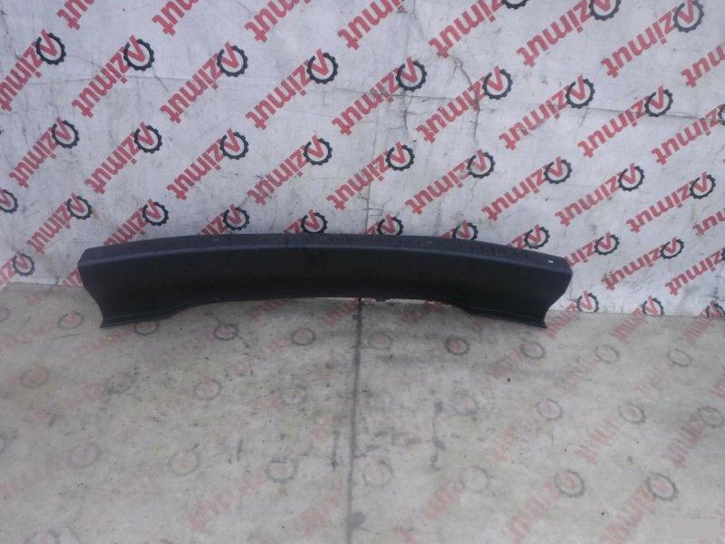 Накладка замка багажника Toyota Raum EXZ15 5EFE задняя (б/у) 171