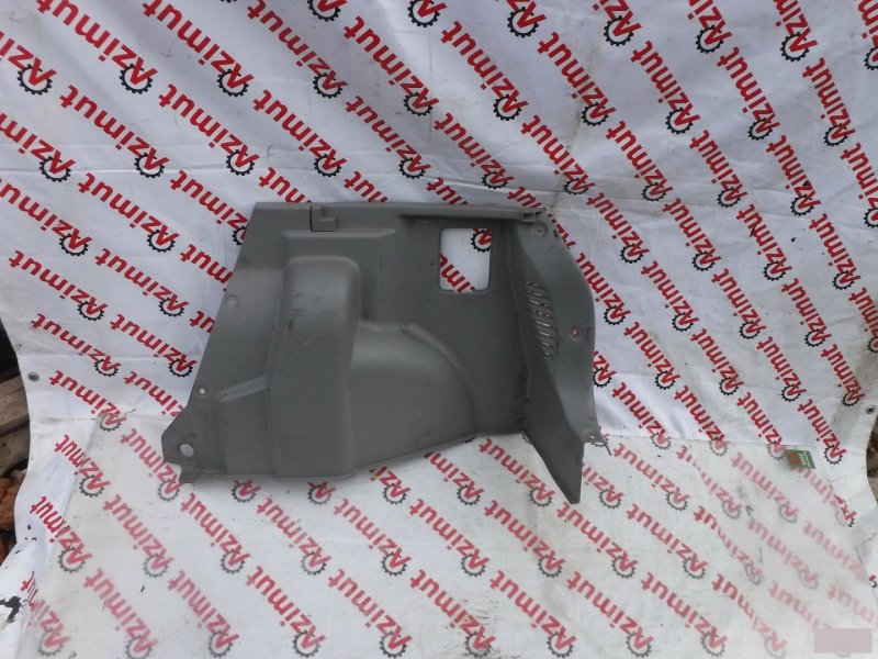 Обшивка багажника Mazda Demio DW3W задняя правая (б/у) 111