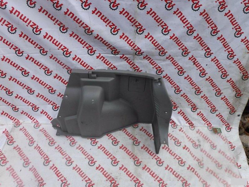 Обшивка багажника Mazda Demio DW3W задняя правая (б/у) 112