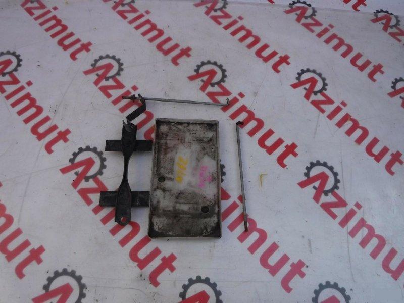 Подставка под аккумулятор Toyota Platz NCP12 1NZFE (б/у) 182